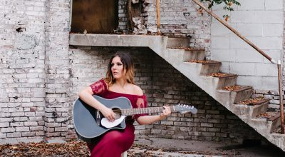 Nikki Shae, Favourite Hello, Country and Pop Singer, Independent Music Blog, Music Review, Single Review,