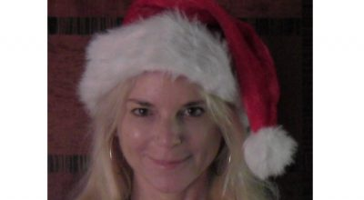 Amilia K Spicer, Love's For Living, Christmas Song, Music Blog, Indie Music Blog, Independent Music, Unsigned Artists, Music Promotion, Music Submissions, Music Reviews, Interviews,