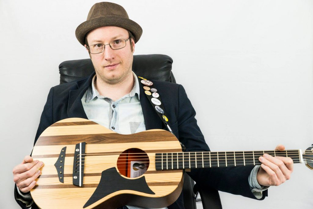 Phil Cooper - Songwriting, Live Shows & The Future Of Independent
